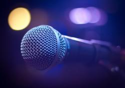 microphone-1261792_1280